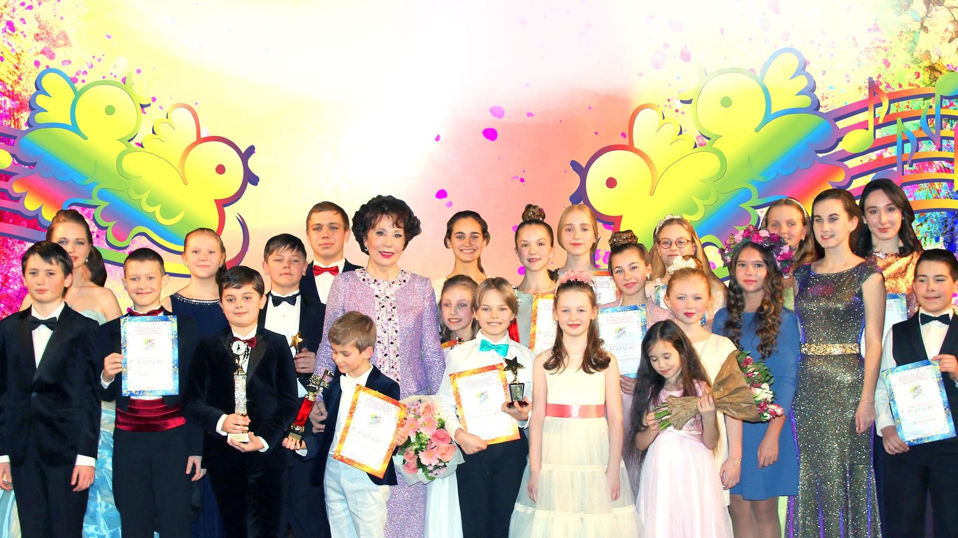 Концерт из цикла «Звезды «Романсиады» в Кремле». Концертная программа «Юные голоса России»