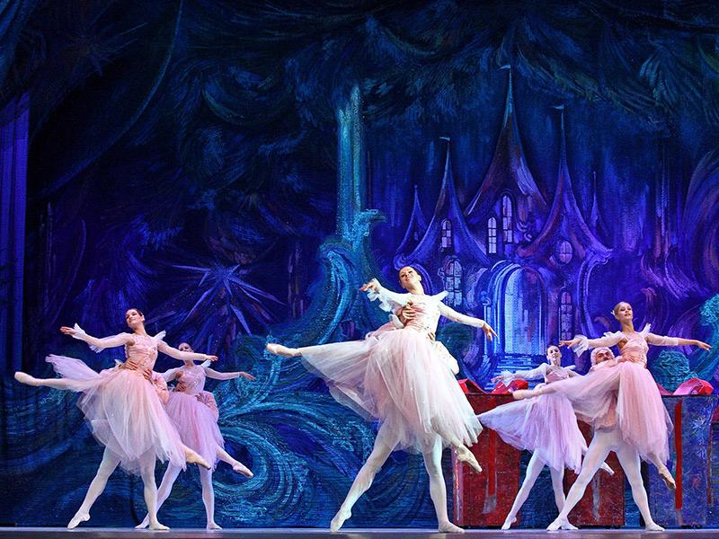 Билет балета кремлевской дворец купить билеты со скидкой в кино